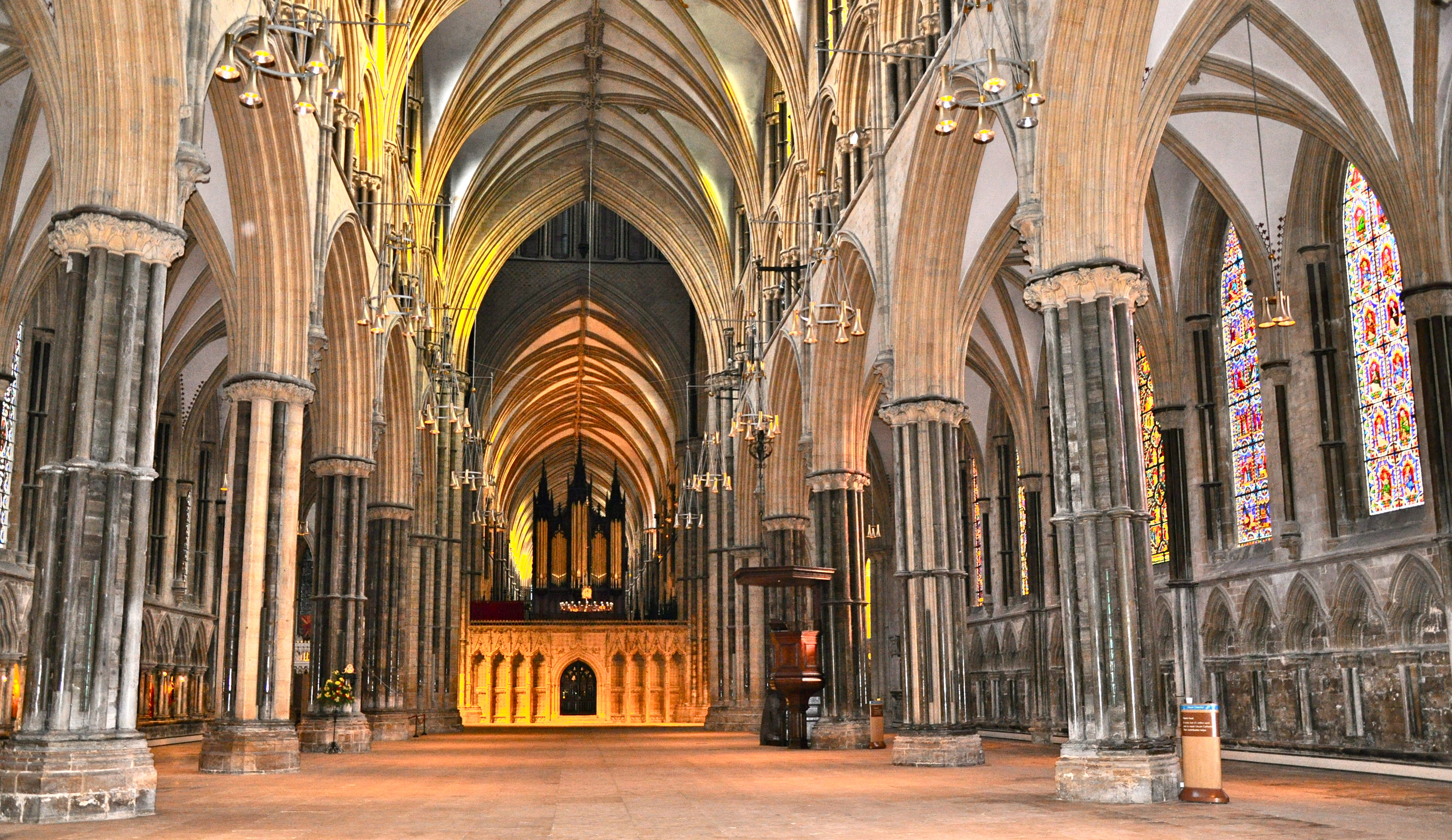 Glimpses Of Lincoln S Majestic Cathedral Echoes Of The Past