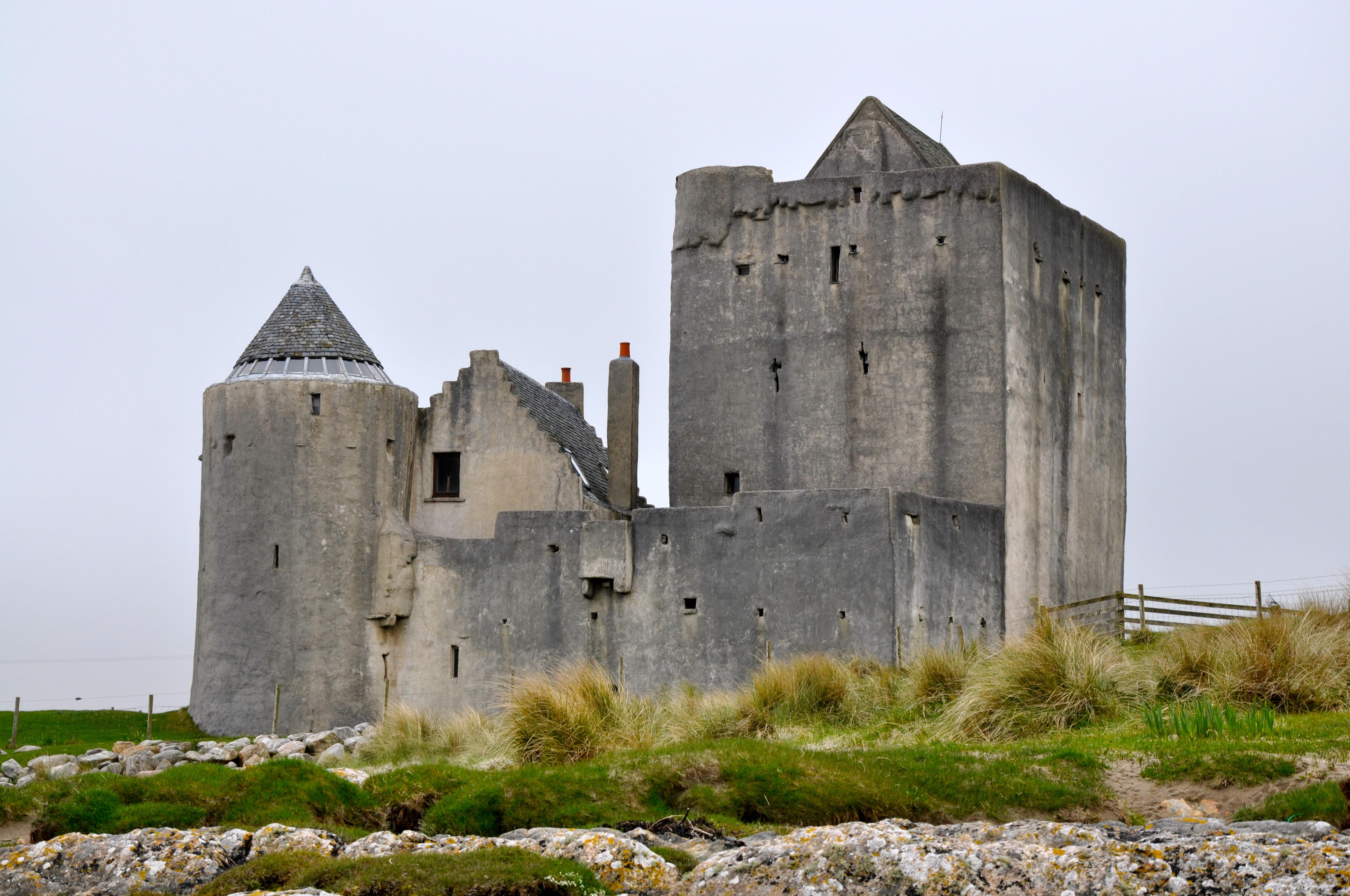 famous scottish castles the image kid