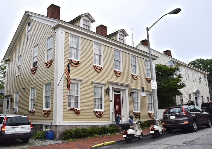 Historic Homes Of Newport Rhode Island Usa Echoes Of